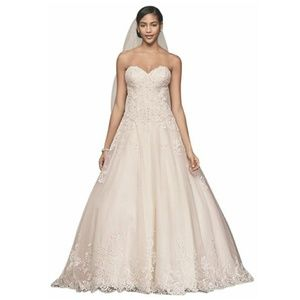 David's Bridal sweetheart wedding ball gown